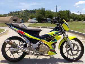 Suzuki Raider motorbike
